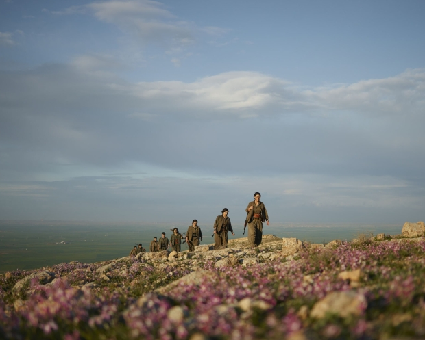 pkk-kurdistan-workers-party-patrol-makhmour-iraq-guerrilla_fighters_of_kurdistan_joey_l_photographer_014-1.jpg